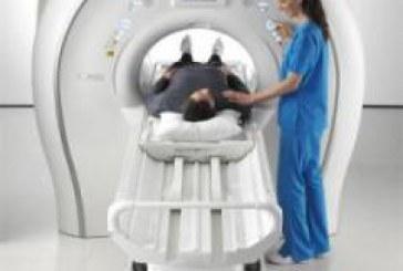 بازدید هاشمی از شرکتهای تولید کننده تجهیزات پزشکی
